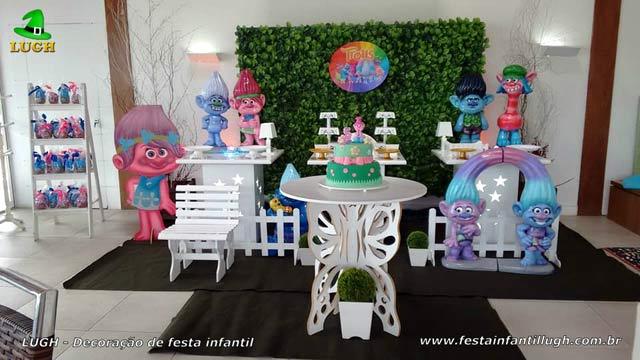 Decoração de mesa tema Trolls para festa de aniversário infantil - Recreio dos Bandeirantes - Rio de Janeiro - RJ