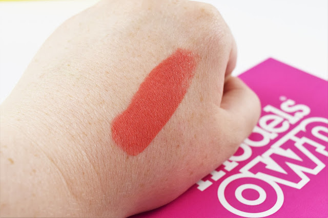 Rock'n'Rosy Blusher Stick in Peach Pop Swatch