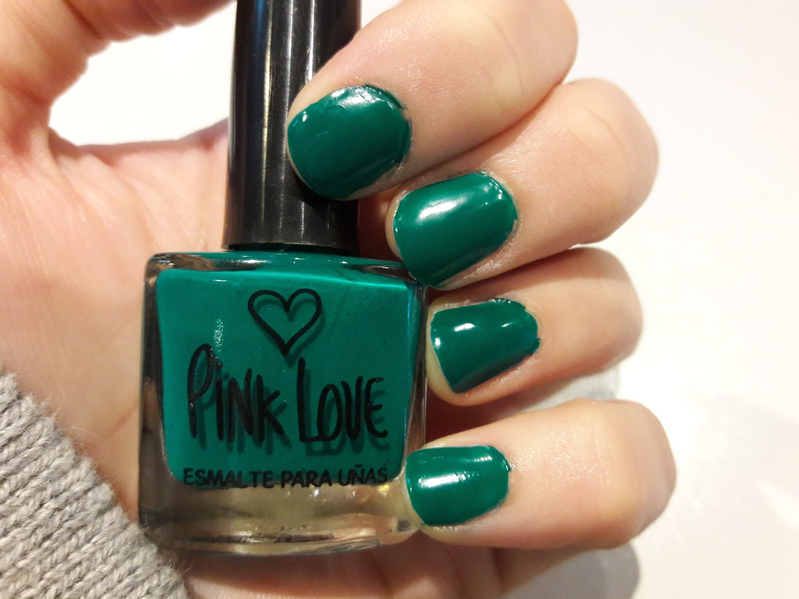 Reseña: Esmalte de uñas, efecto MATTE - HelloSunshineArg