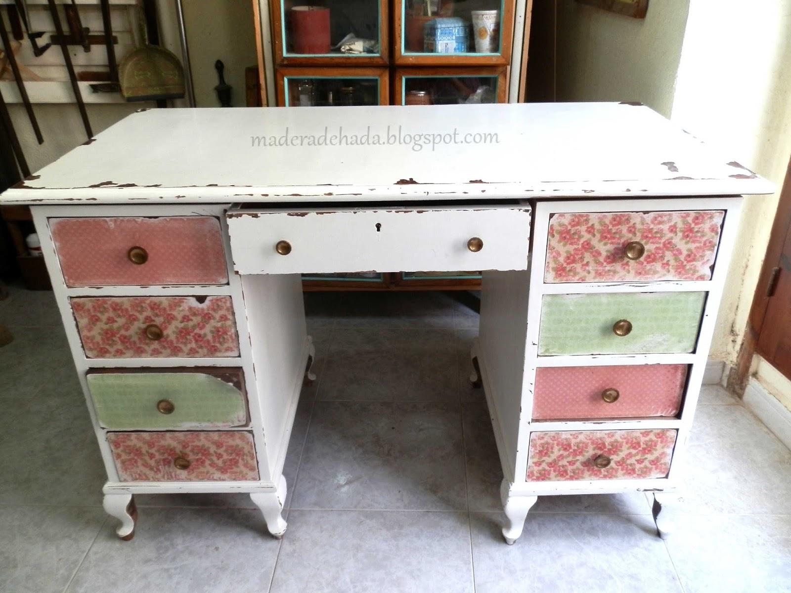 Como quitar la pintura a un mueble de madera madera de hada - Como decapar un mueble ...