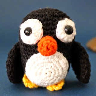 http://www.susigurumi.com/2014/05/patron-gratis-pinguino-amigurumi.html