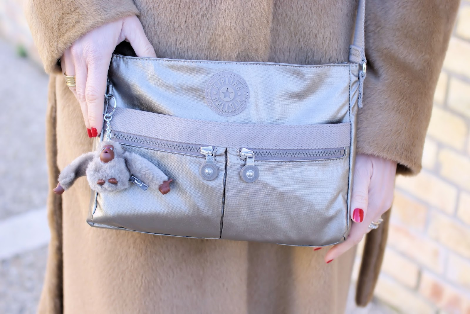 Kipling Angie metallic small shoulder bag on Fashion and Cookies fashion blog, fashion blogger style