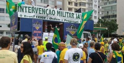 intervenção militar em copacabana 13/03/2016
