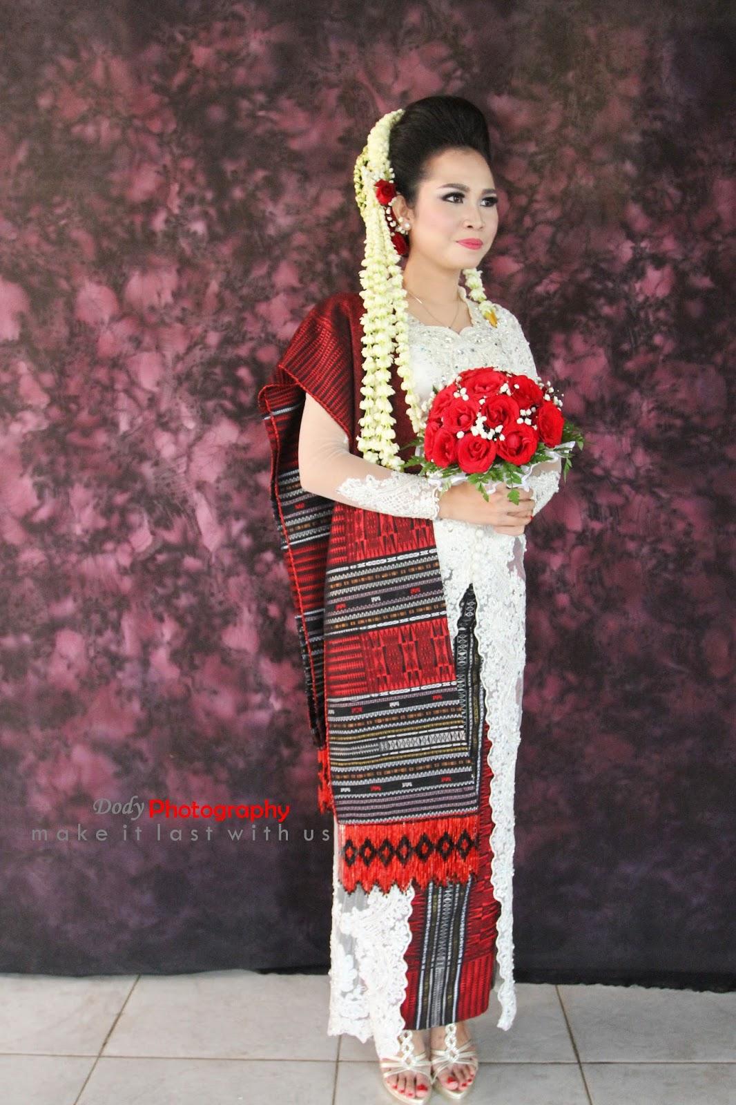 Model Kebaya, Songket dan Jas