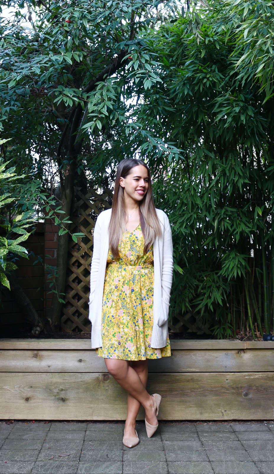 Jules in Flats - Yellow Dress for Spring (Business Casual Spring Workwear on a Budget)
