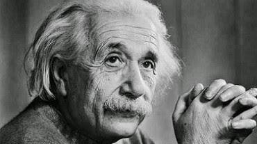 10 Fakta Aneh Orang Cerdas