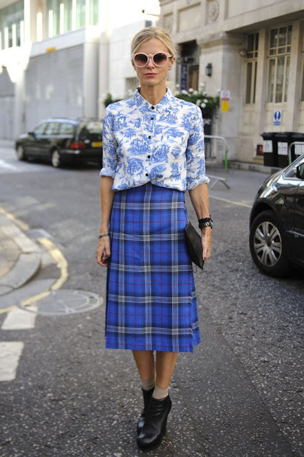 fashion week street style print mixing checked skirt floral blouse