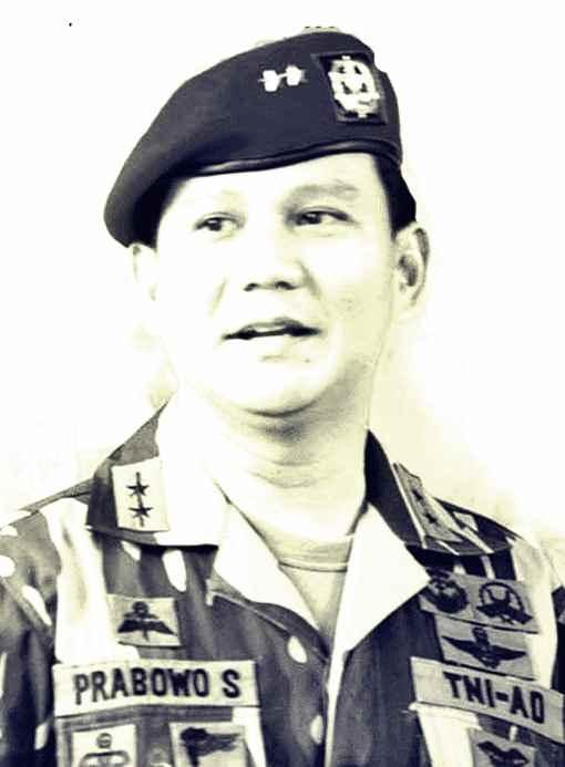 Gambar foto rekam jejak dan profil Prabowo Subianto saat di Militer