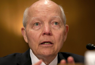 IRS Doesn't Tell 1 Million Taxpayers That Illegal Immigrants Stole Their Social Security Numbers
