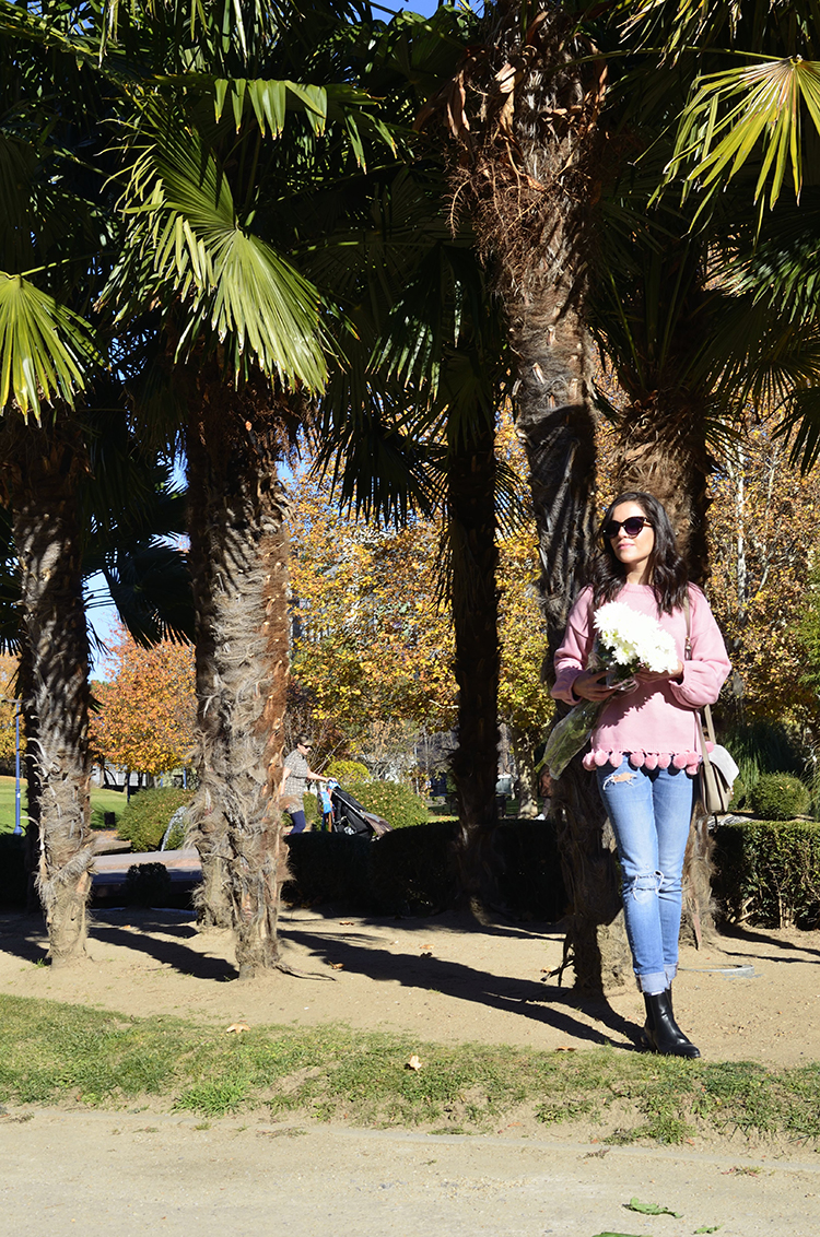 pink_pompons_pullover_sweater_look_outfit_trends_gallery