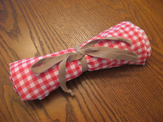 DIY Travel Picnic Blanket - Gingham.