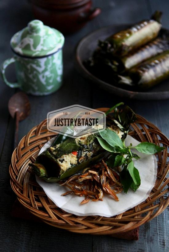 Resep Nasi Bakar Teri dan Tempe