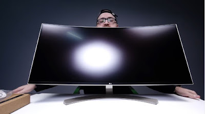 Gaming PC Makers Are Into The Curved Screen Trend, Do We Really Need Them?