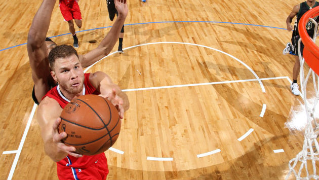 Blake Griffin dans la victoire des Clippers de Los Angeles contre les Bucks de Milwaukee