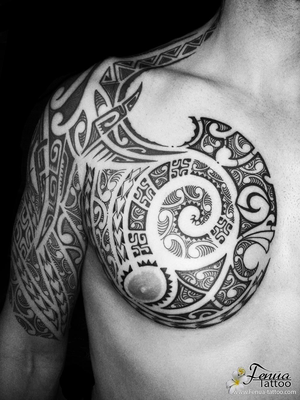 Tatouage Polynesien Bras Epaule Pec Tahiti Tattoo Specialiste Du
