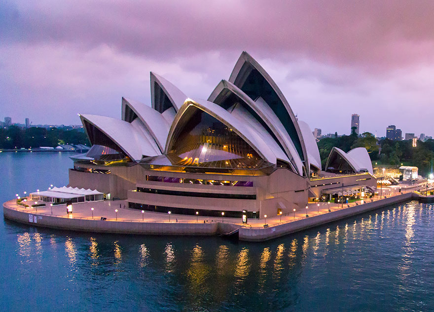 Travel Expectations Vs Reality (20+ Pics) - Visiting The Sydney Opera House, Australia