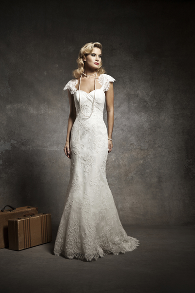 Choose Wedding Dresses for Short Women | Wedding Celebration