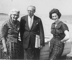 Elizabeth Maconchy, Aaron Copland and Thea, Aldeburgh Beach, 1960