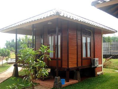 Desain Rumah Penginapan Berbahan Kayu
