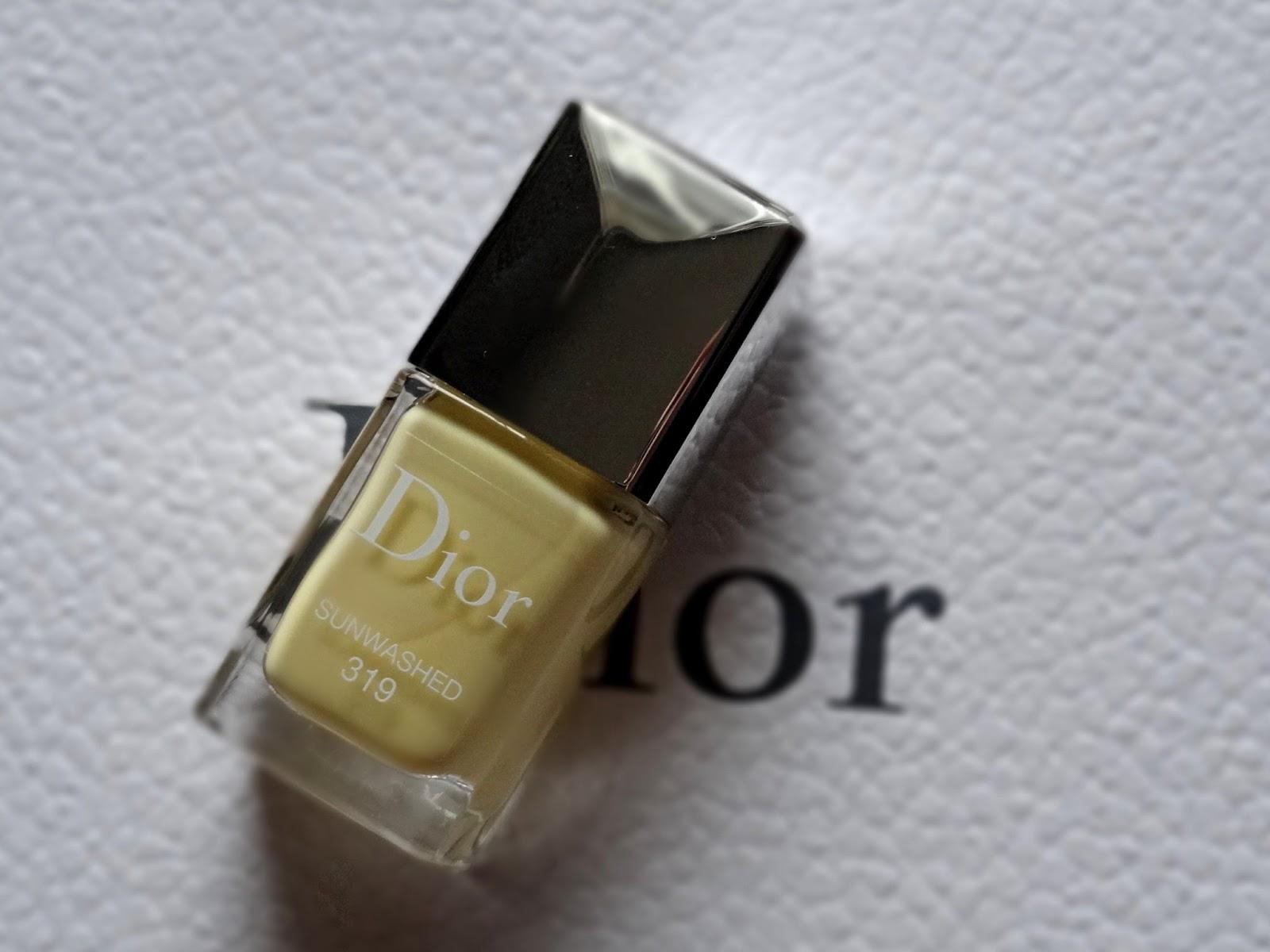 Dior Vernis Sunwashed 319   Dior Tie Dye Summer 2015 Makeup Collection