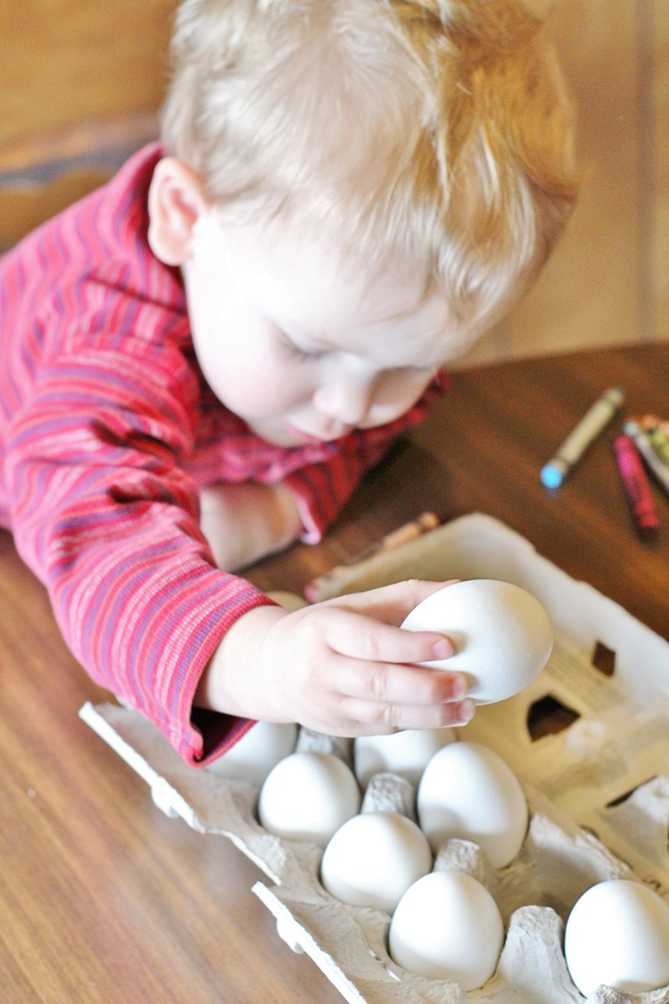 The easiest way to dye eggs with a toddler!