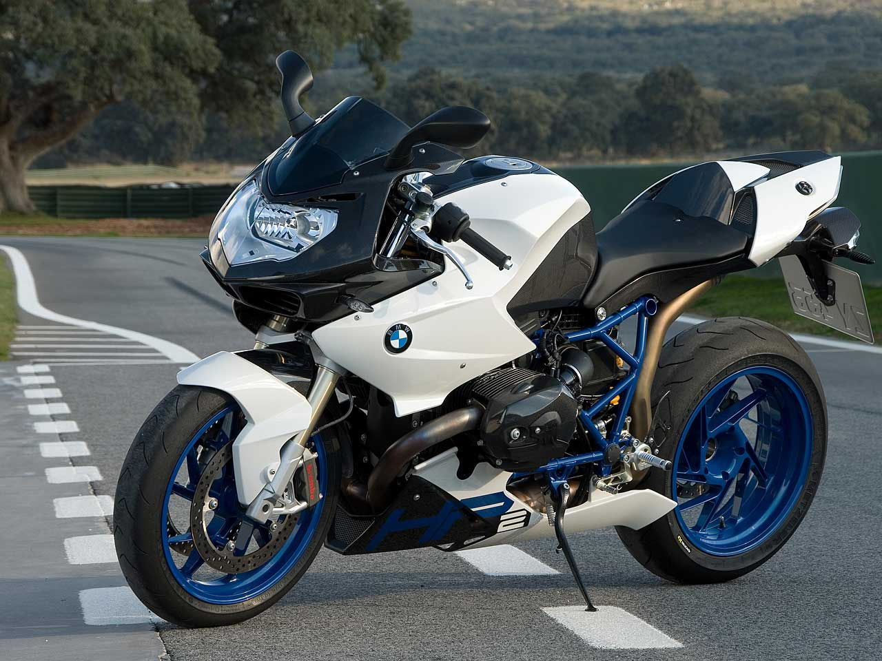 At 242 Mph, This Is The Record For The Fastest BMW ... |Fastest Bmw Bike