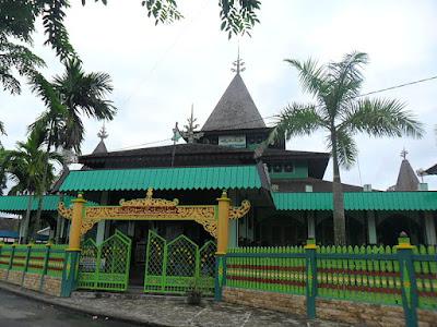 Wisata Banjarmasin - Masjid Sultan Suriansyah