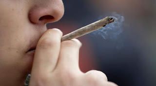 كتابة موضوع تعبير عن التدخين واضراره