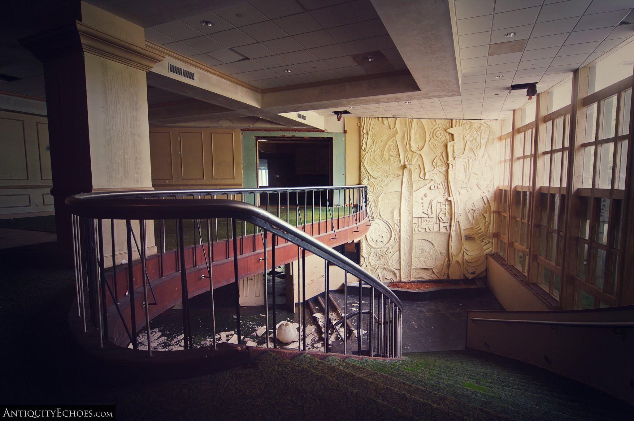 Nevele Grande - Second Floor Lobby