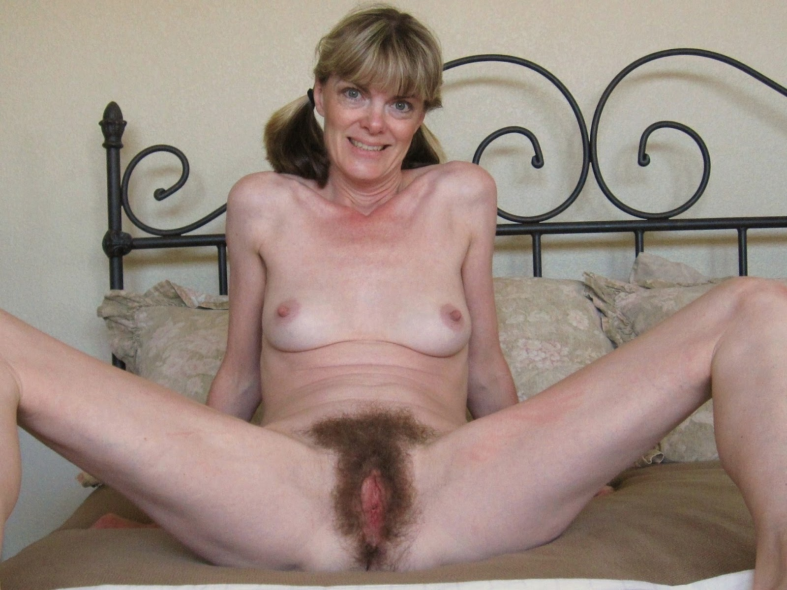 Hairy Granny Cunts 25