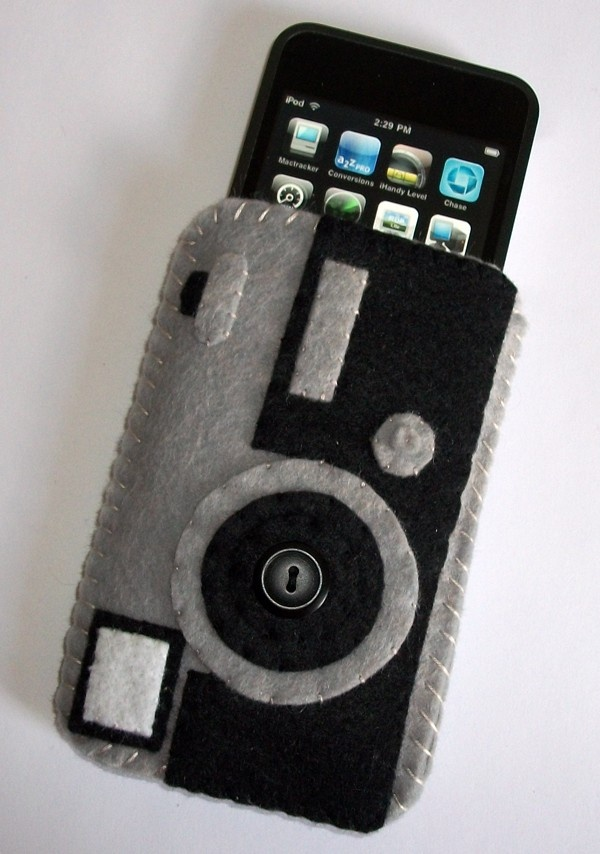 Flat case berbentuk kamera