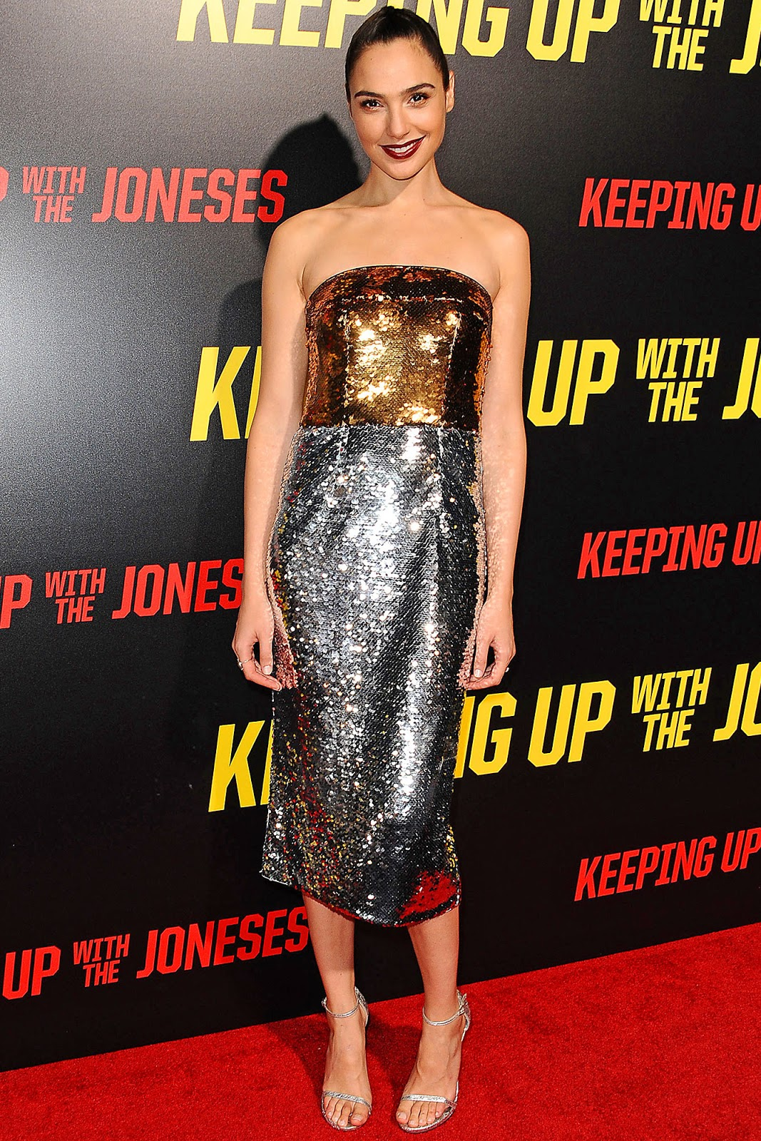 7 Nigth Dress Gal Gadot terindah di dunia