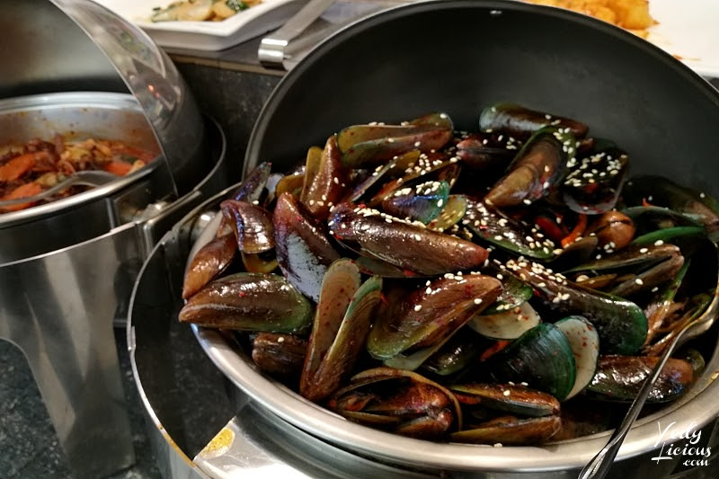 Mussels Korean, Don Day Korean Buffet Restaurant Antipolo City Philippines Blog Review and YouTube Video, Unlimited Eat-All-You-Can BUffet Korean Restaurant in the Philippines, Unlimited Samgyeopsal and Shabu-shabu Hot Pot, Don Day Korean Buffet Antipolo, Address Buffet Rate Promo Menu Operating Hours, Best Korean Buffet Restaurant in Antipolo Manila Philippines, Best Restaurants in Antipolo City Rizal, Where To Eat in Antipolo City Rizal, Don Day Korean Buffet Restaurant Blog Review YedyLicious Manila Food Blog YedyLicious TV on YouTube