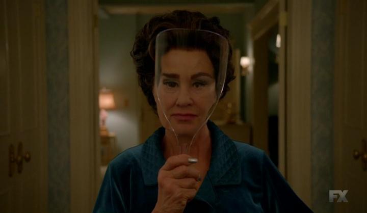 Joan Feud 1x05