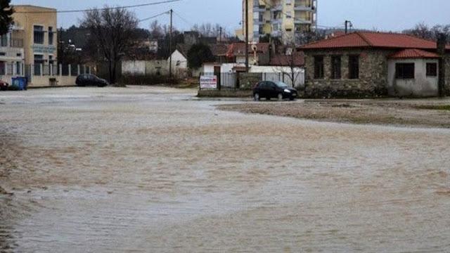 Τρεις αγνοούμενοι στο Μαντούδι - Σε κατάσταση εκτάκτου ανάγκης οι δήμοι Λίμνης-Μαντουδίου στην Εύβοια και Λοκρών στη Φθιώτιδα