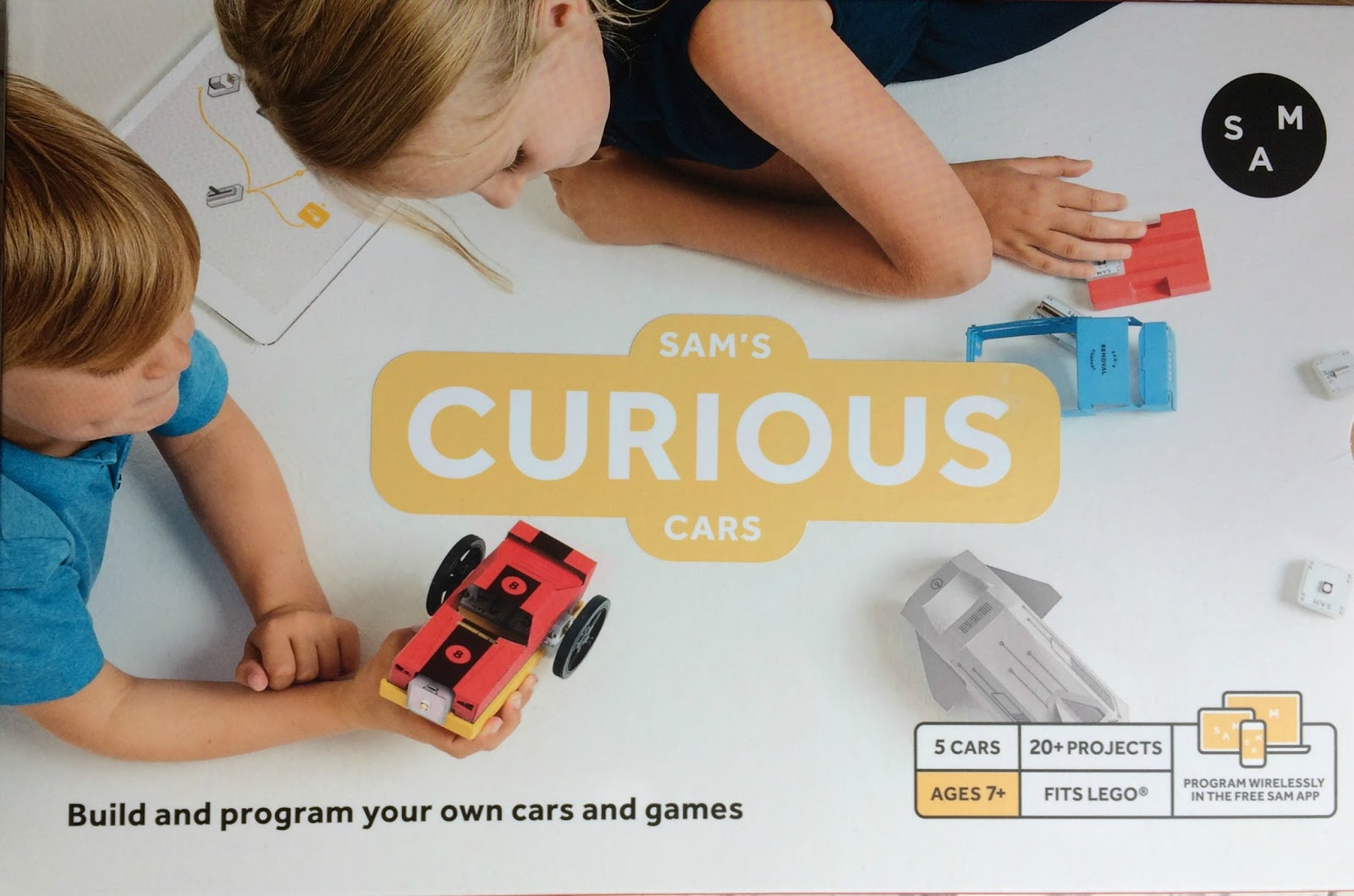 Sam's Curious Cars kit box front