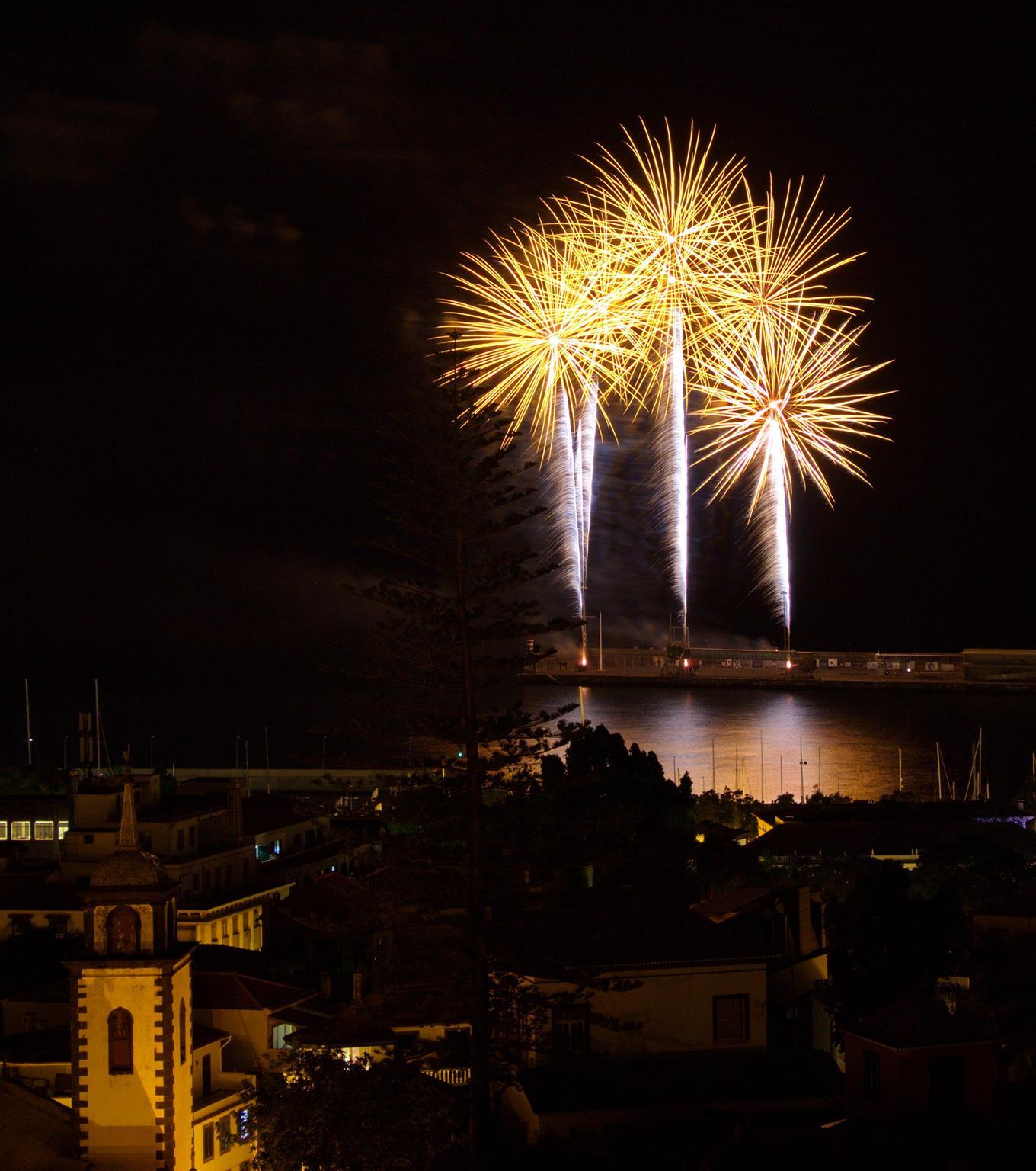 Áustria ilumina o céu no Festival do Atlântico