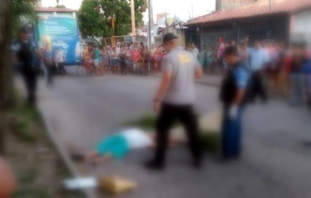 Mulher morre após ser atropelada por ônibus em Aracaju