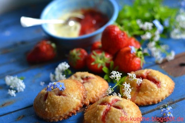Hand Pies Strawberry and Cream