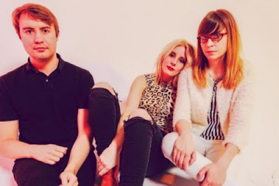 "WHITE LUNG ""Used to Love Her"" (GUNS N' ROSES Cover)"