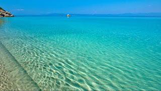 Η πιο φυσική εντυπωσιακή πισίνα – θάλασσα του κόσμου βρίσκεται στην Ελλάδα