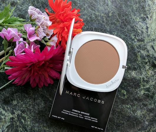 "Marc Jacobs Beauty ""O!Mega Bronzer Coconut Perfect Tan"" in ""104 Tan-Tastic!"" ::: Review & Swatches"