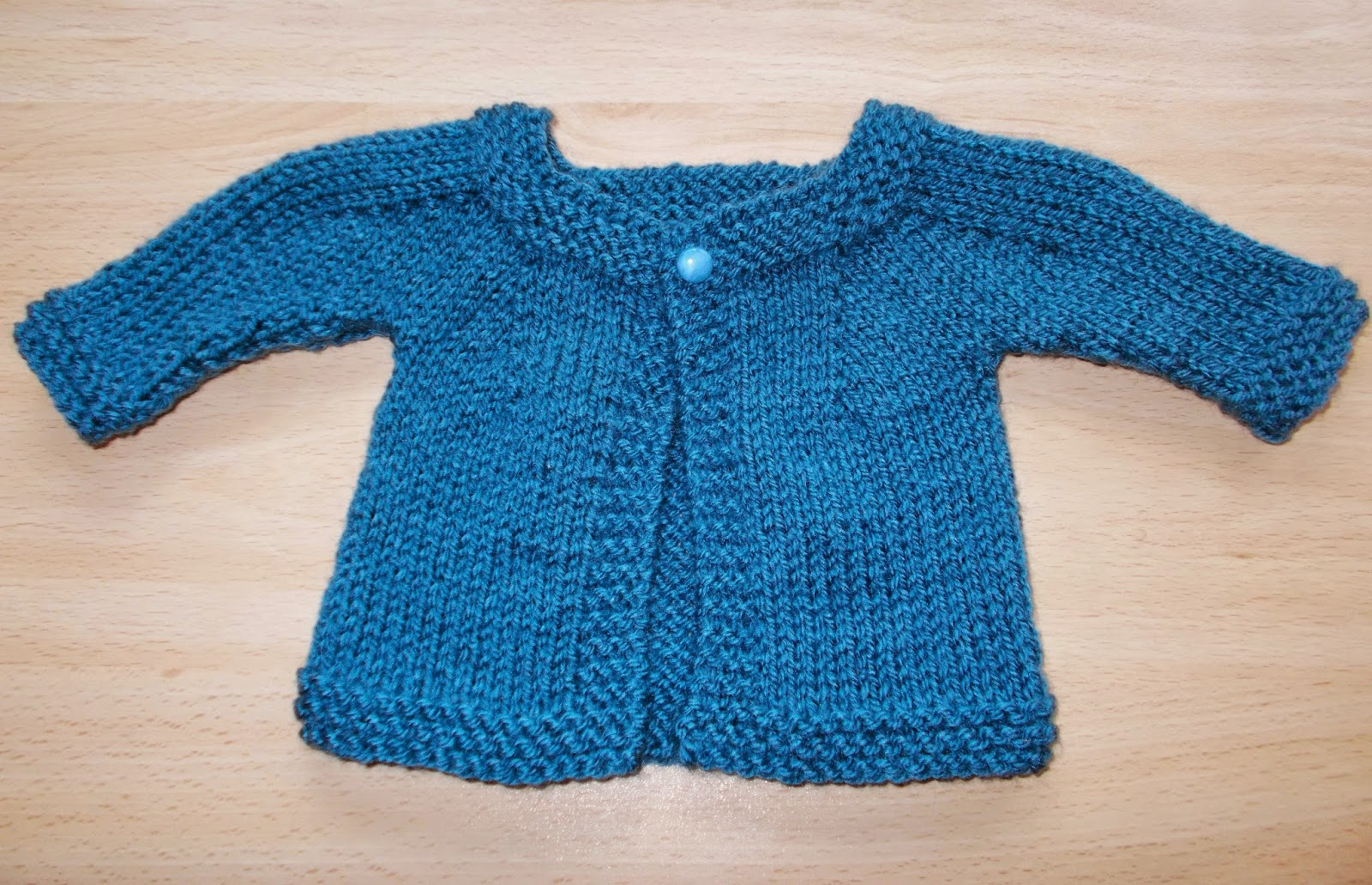 Free Knitting Pattern Baby Aran Cardigan : mariannas lazy daisy days: Denim Blue Baby Cardigan ...