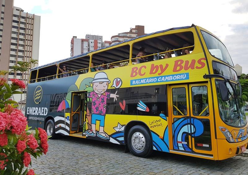 BC BY BUS, O ÔNIBUS TURÍSTICO DE BALNEÁRIO CAMBORIÚ