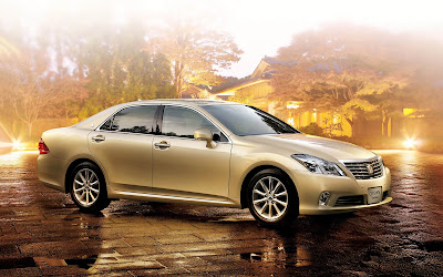 toyota crown widescreen hd wallpaper