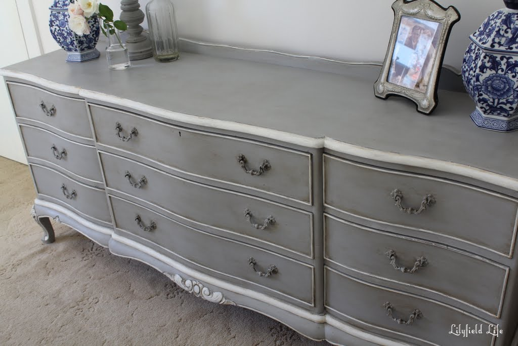 New Lilyfield Life: French Châteaux Chest of Drawers in Paris Grey RL26