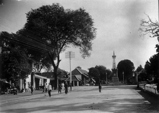 Tugu Yogyakarta di sekitar tahun 1920