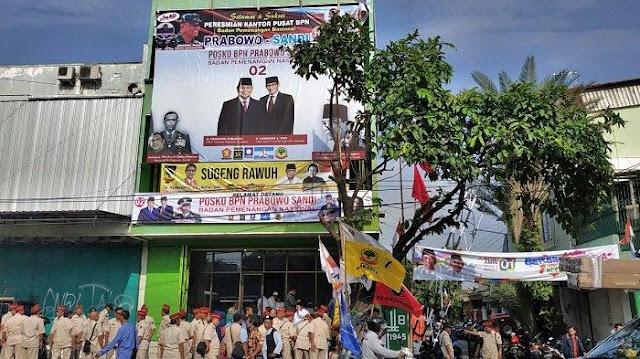 Gatot Protes Minta Foto Dirinya Diturunkan Dari Baliho Prabowo-Sandi