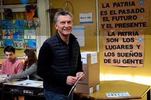 """Macri invita a votar por """"el cambio"""" y viola veda electoral"""