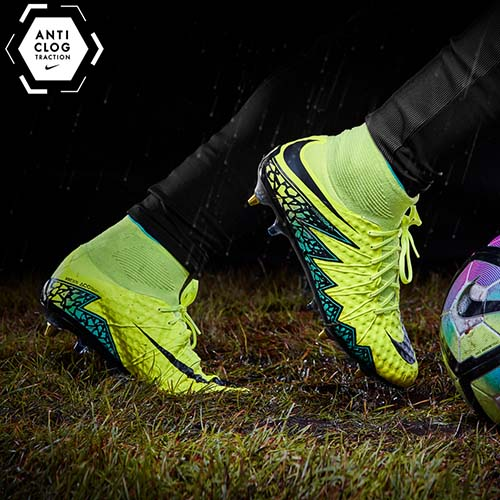 Football-Boots-Nike-Hypervenom-Phantom-II-SG-Pro-Anti-Clog 1